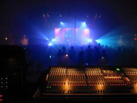 sound-board-and-blue-light_001